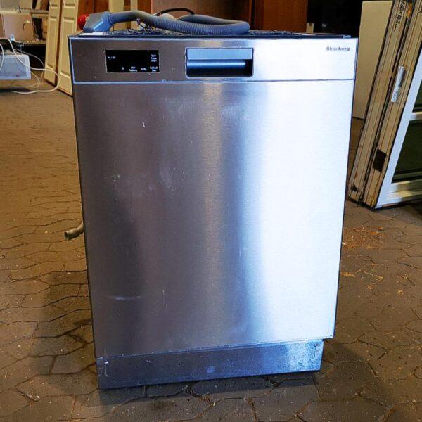Pæn Blomberg opvaskemaskine I Rustfrit stål