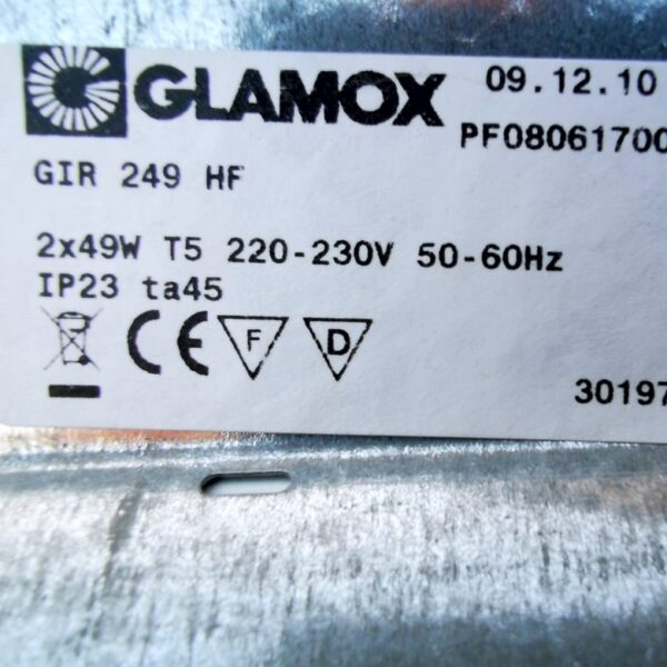 Glamox armatur med 2 LED rør
